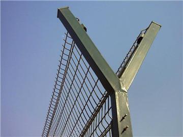 铁丝网围栏的简单介绍